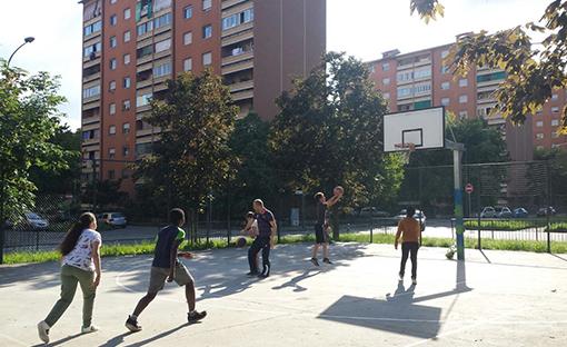 Le storie di Co City: Il campo da basket su cui si gioca il rilancio di Corso Taranto