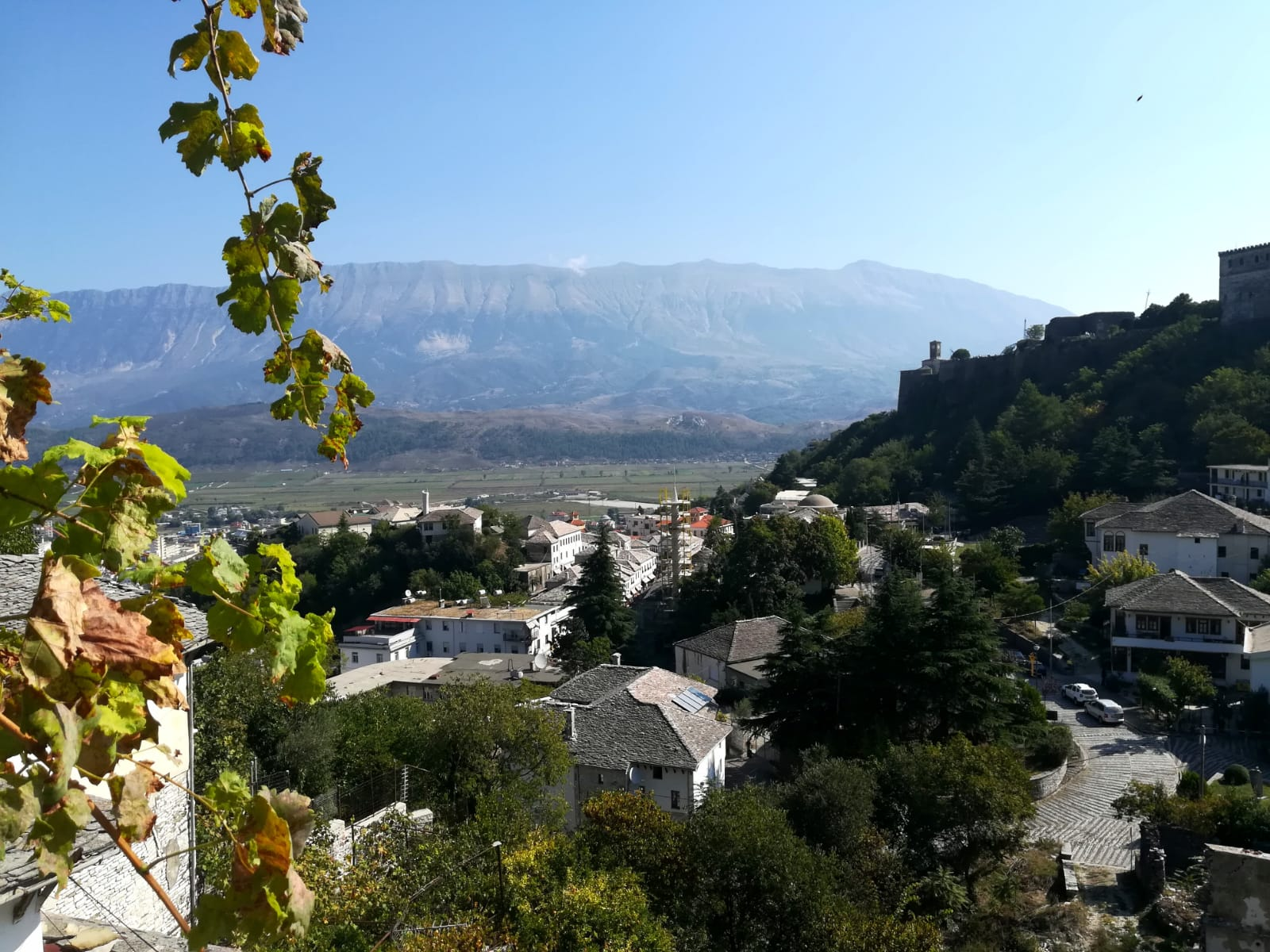 Get to know Gjirokastra